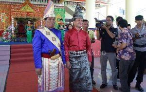 Bupati Bolmong Salihi Mokodongan dan Wakil Bupati Yanny Ronny Tuuk