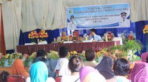 Wali kota Tatong Bara bersama para UKM