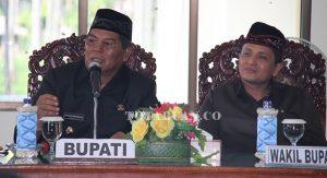 Bupati Salihi Mokodongan dan Wakil Bupati Yanny Tuuk