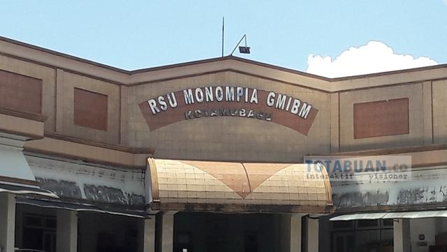 Ketua Yayasan Rumah Sakit Monompia Lari Saat Akan Diwawancarai Wartawan