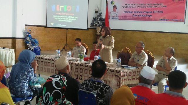 Tim Relawan Kotaku Kotamobagu Berantas Kawasan Kumuh
