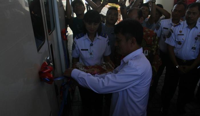 Buka Trayek Baru Bupati Bolmong Ucapkan Terima Kepada Perum Damri
