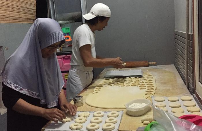Pemkab Bolmong Dorong Perempuan Kembangkan Industri Rumahan