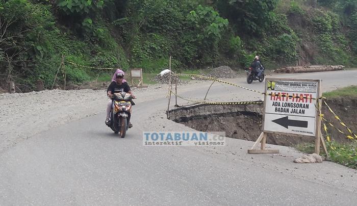 Sejumlah Ruas Jalan Nasional di Boltim Ambruk