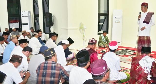 Pemkab Bolsel Gelar Nuzulul Quran Sekaligus Pemberian Santuan Kepada Kaum Dhuafa