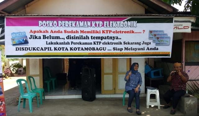 Dinas Kependudukan dan Capil Kotamobagu Buka Posko Pelayanan di Pasar Senggol