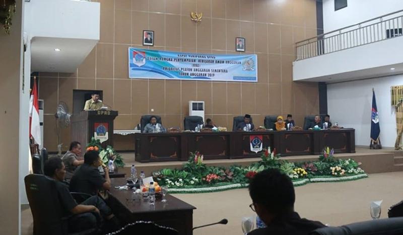 Bupati Boltim Serahkan Draft KUA-PPAS 2019 ke DPRD