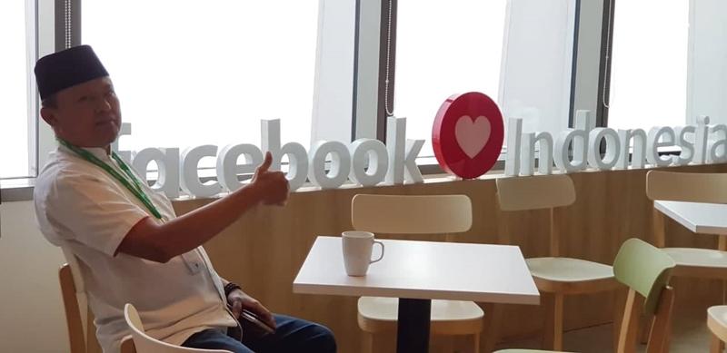 Bupati Bolsel dan Jajaran Memenuhi Undangan Facebook Indonesia