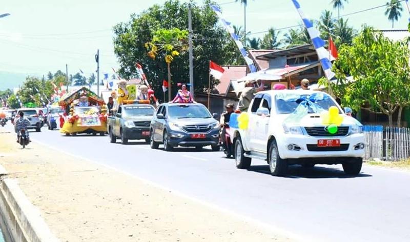 Ratusan Kendaraan Pawai PAUD di Boltim Warnai HUT RI ke 73