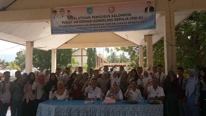 DPPKB Bolmong Lakukan Penyuluhan PIK-R