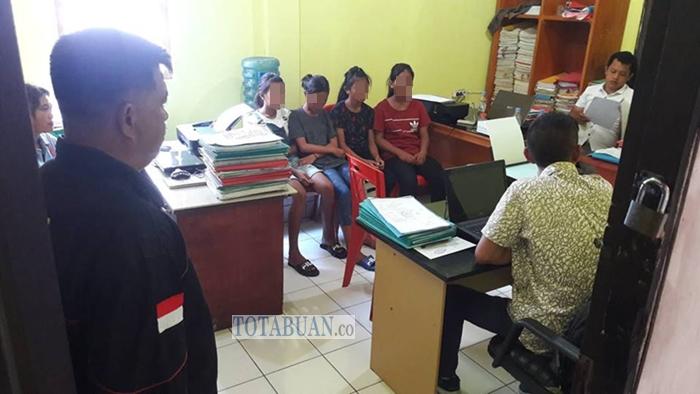 Empat Anak Perempuan Asal Inobonto Disekap di Pos PT Consh