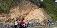 Viral, Gunung Emas di Samping Jalan Hebohkan Warga Bolmong
