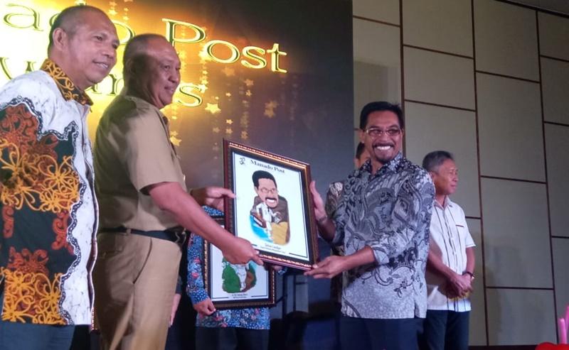 Sehan Landjar Dapat Award  Terapkan Sistem Pemerintahan Terbuka