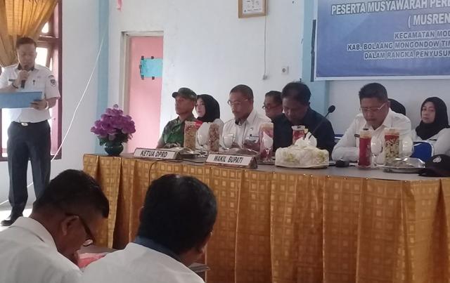 Wabup Boltim Rusdi Gumalangit Buka Musrenbang Tingkat Kecamatan