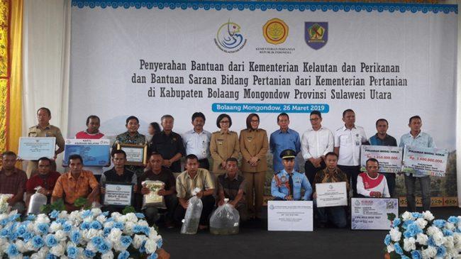 KKP dan Kementrian Pertanian Kucur Bantuan Untuk Petani dan Nelayan di Bolmong dan Kotamobagu