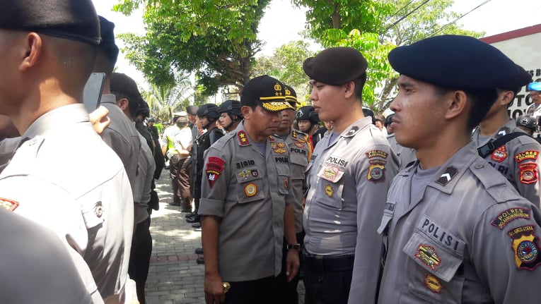 Kapolda Sulut Masuk Barisan Cek Kesiapan Personil Untuk PAM TPS