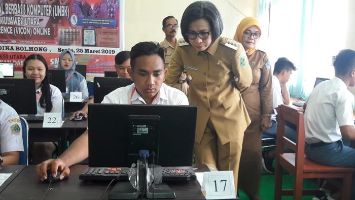 Bupati Bolmong Buka UNBK di SMK Yadika