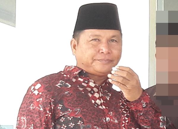 Dedi Abdul Hamid Menangis Usai Terpilih Menjadi Wakil Bupati