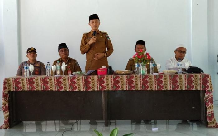 Bupati Iskandar Kamaru Kunjungan Kerja ke Tujuh Kecamatan