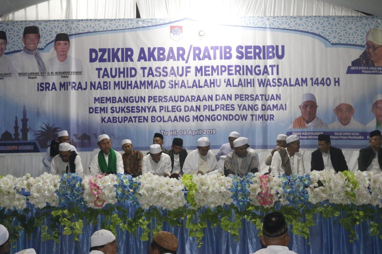Pemkab Boltim Menggelar Dzikir Akbar Peringati Isra Mi'raj 1440 Hijriah