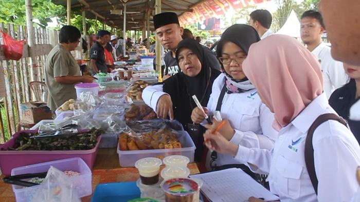 BPOM Pastikan Kue dan Makanan di Pasar Ramadhan Kotamobagu Bebas Boraks dan Pewarna