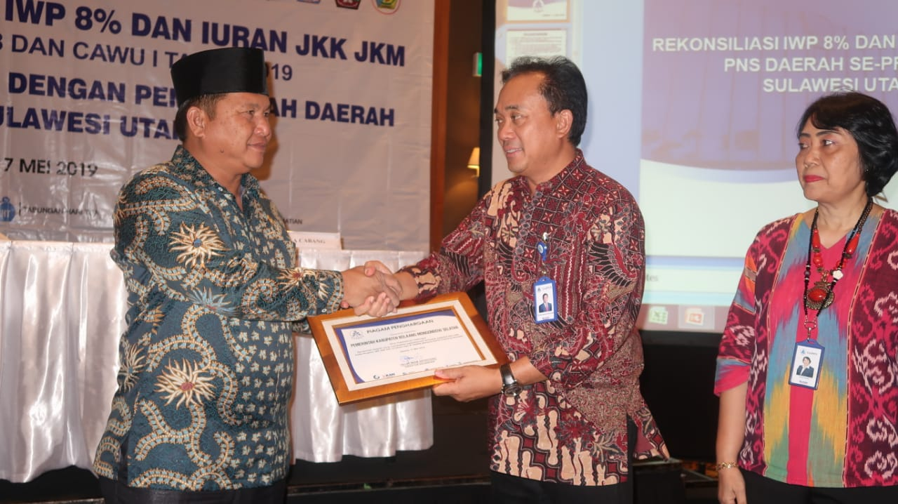 Perhatian Terhadap Program JKK JKM, Pemkab Bolsel Terima Penghargaan dari PT Taspen