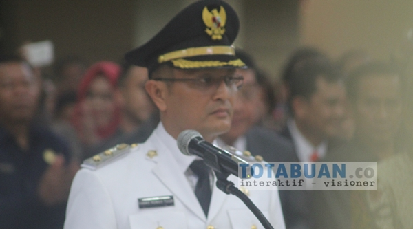 Yanny Ronny Tuuk Dielus Maju Calon Wakil Gubernur Sulut