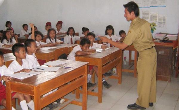 Kabupaten Bolmong Masih Kekurangan Guru SD dan SMP