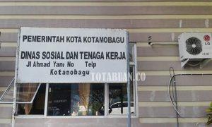 Kantor Dinas Sosial dan Tenaga Kerja (Disnaker) Kotamobagu. (f-epi/tco)